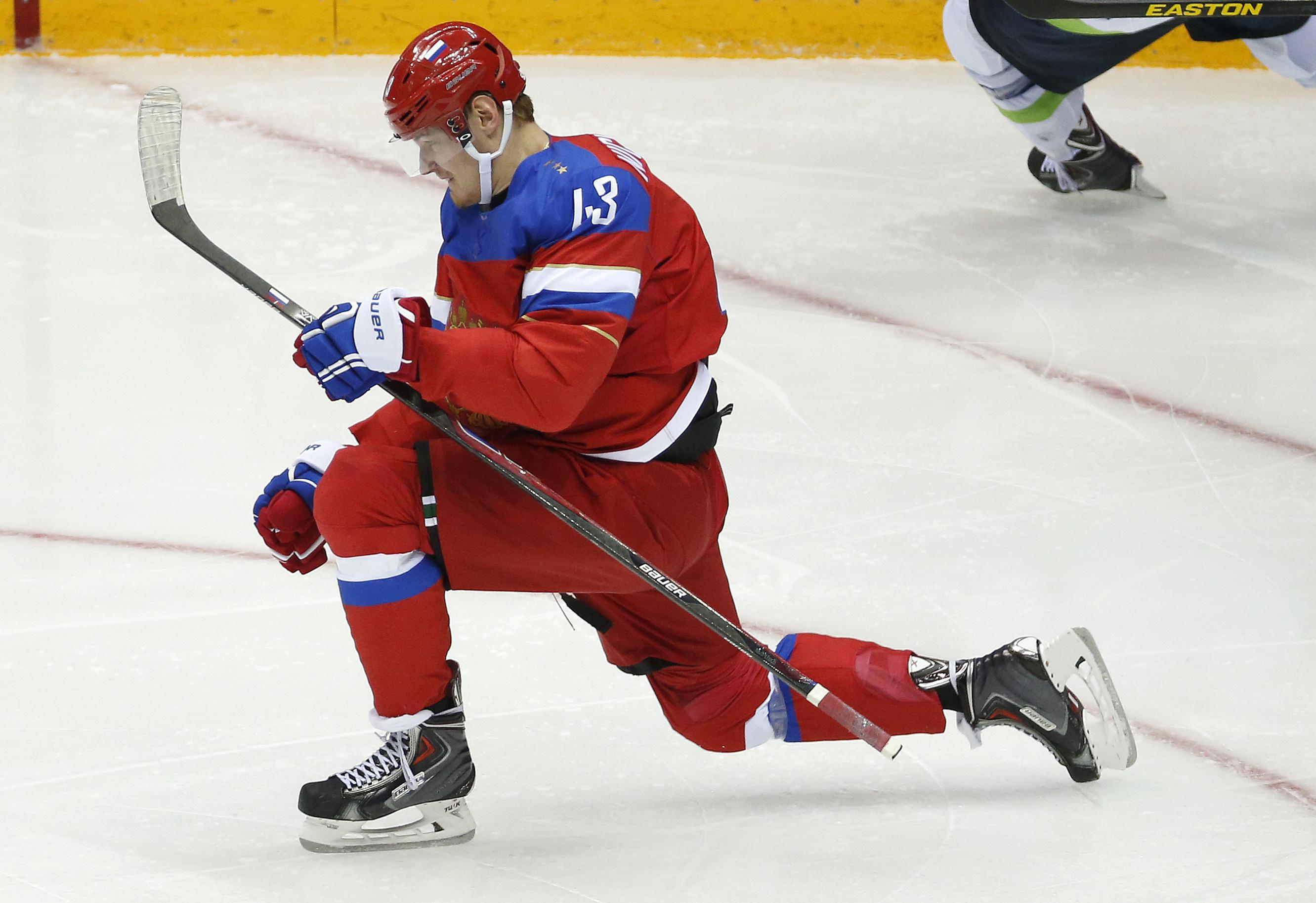 Column: Too late to put Putin back in a uniform?