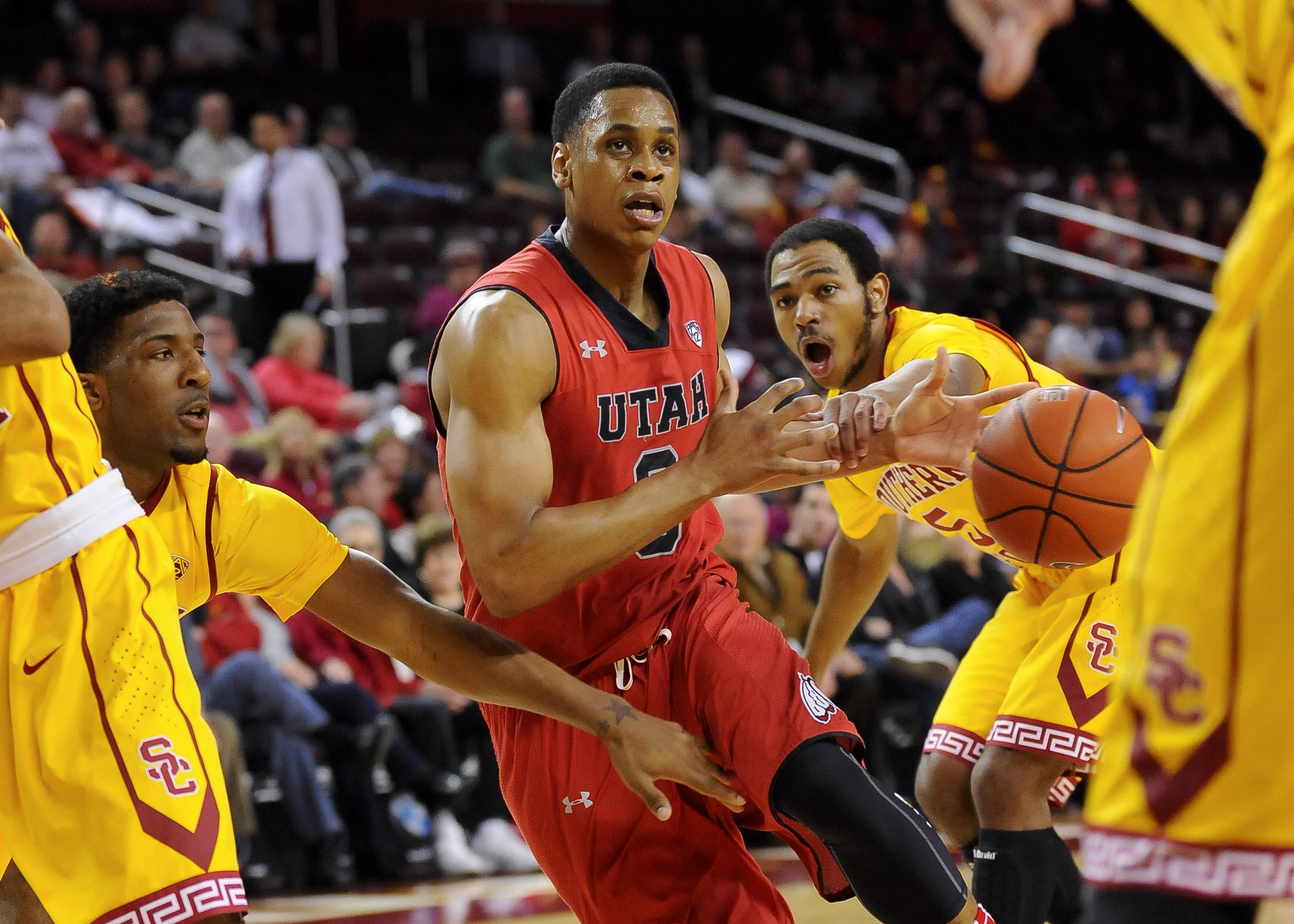 Utah holds off late run, beats USC 79-71