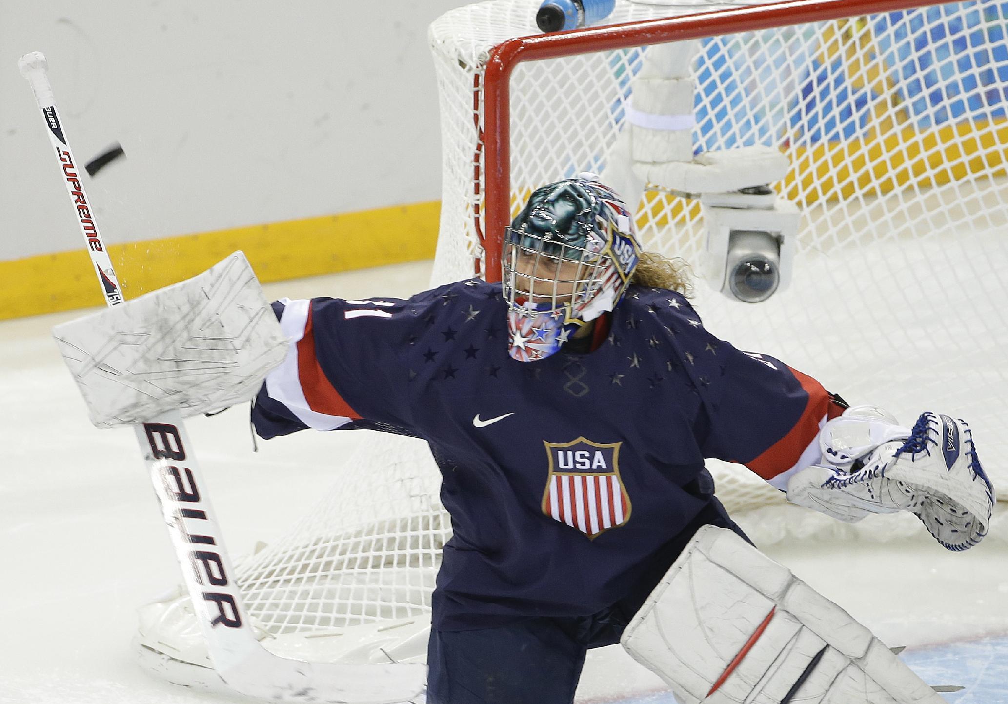 US women coast past Sweden 6-1 in Olympic hockey