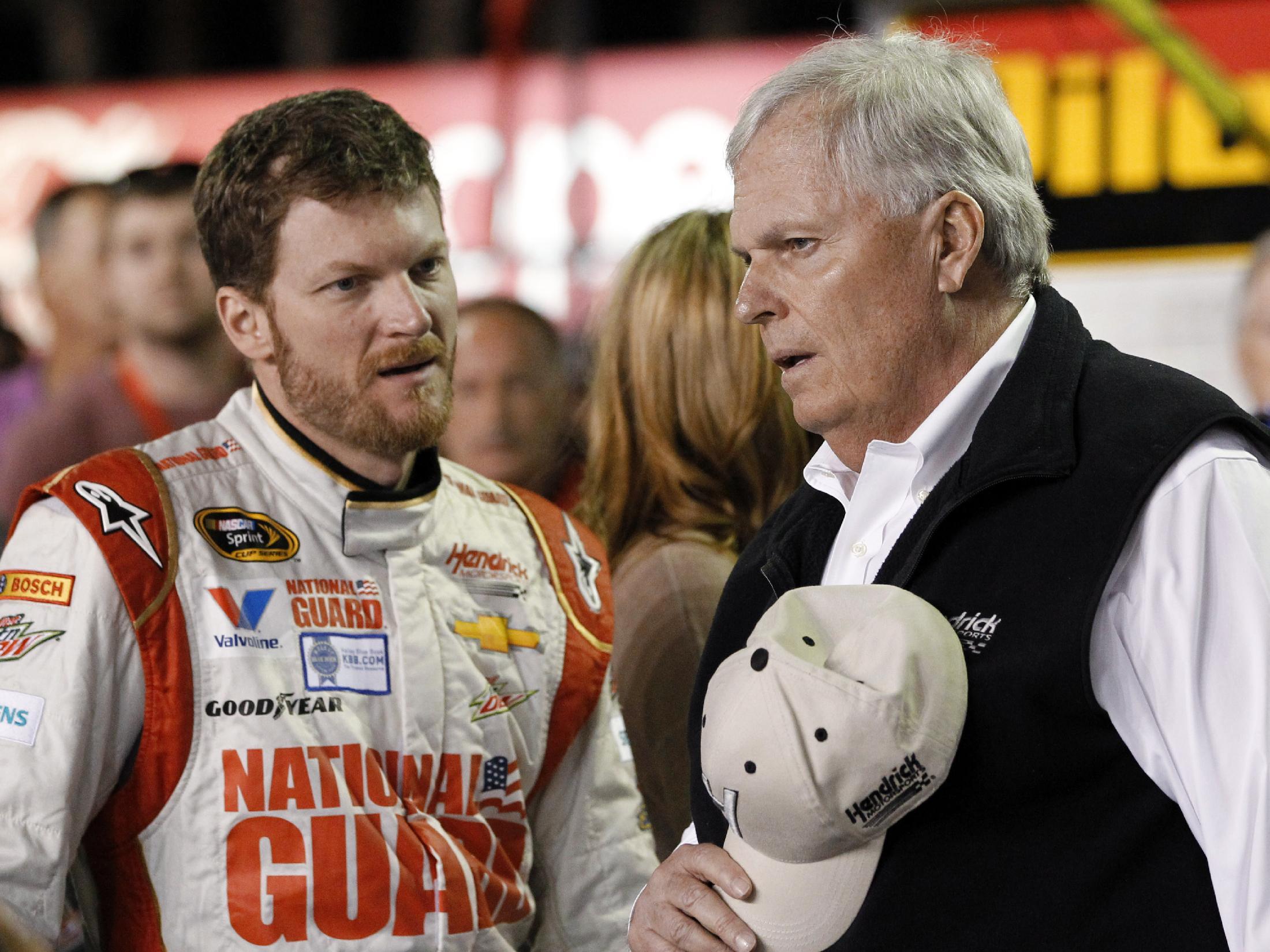Hamlin, Kenseth win Daytona 500 qualifying races
