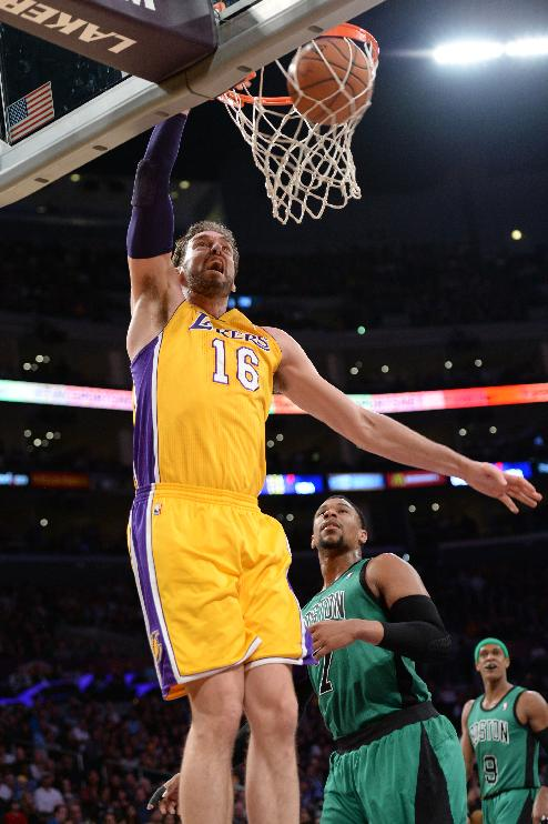 Lakers rally to beat Celtics 101-92