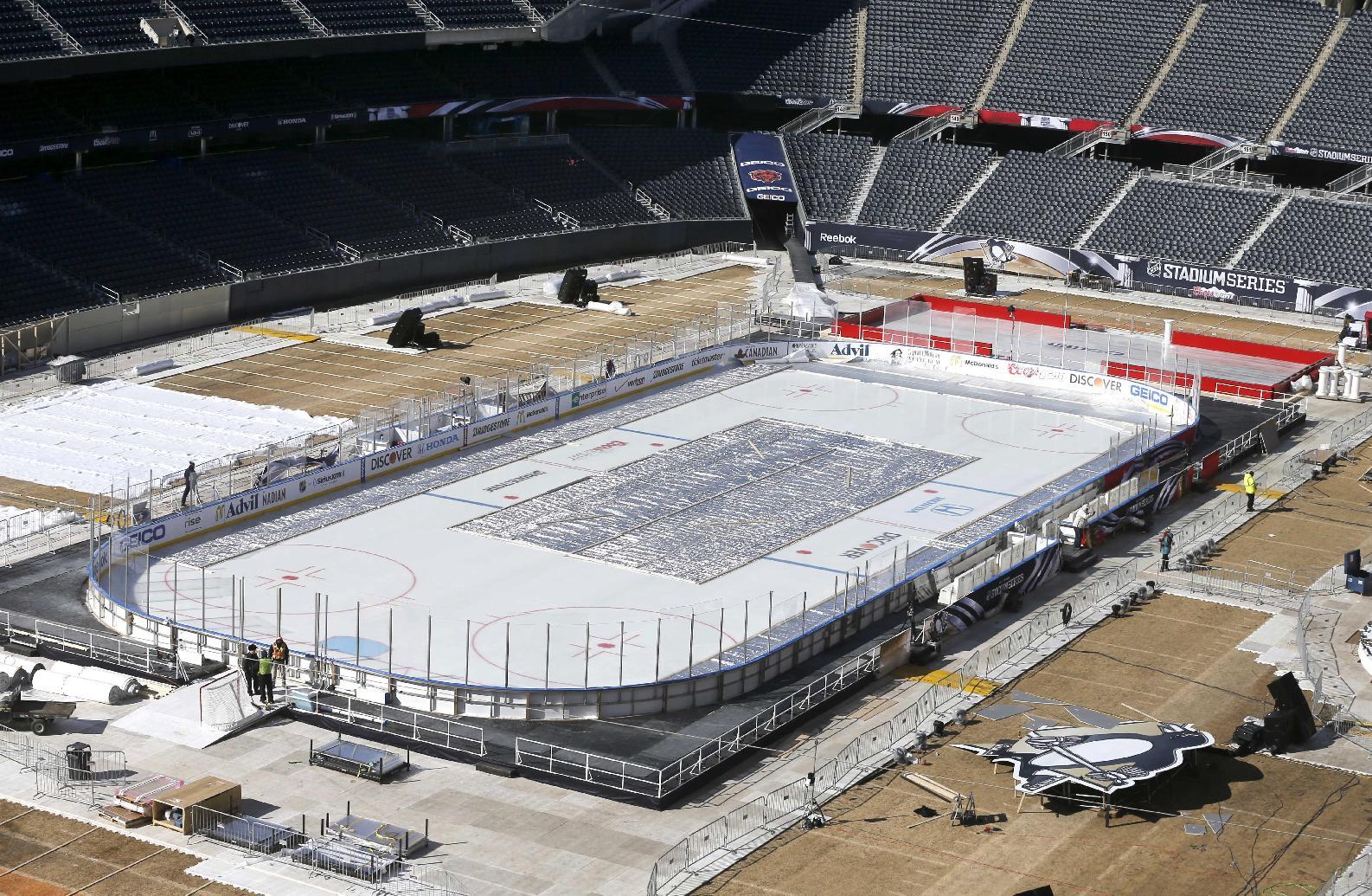 Pens, Blackhawks prepare for Soldier Field game