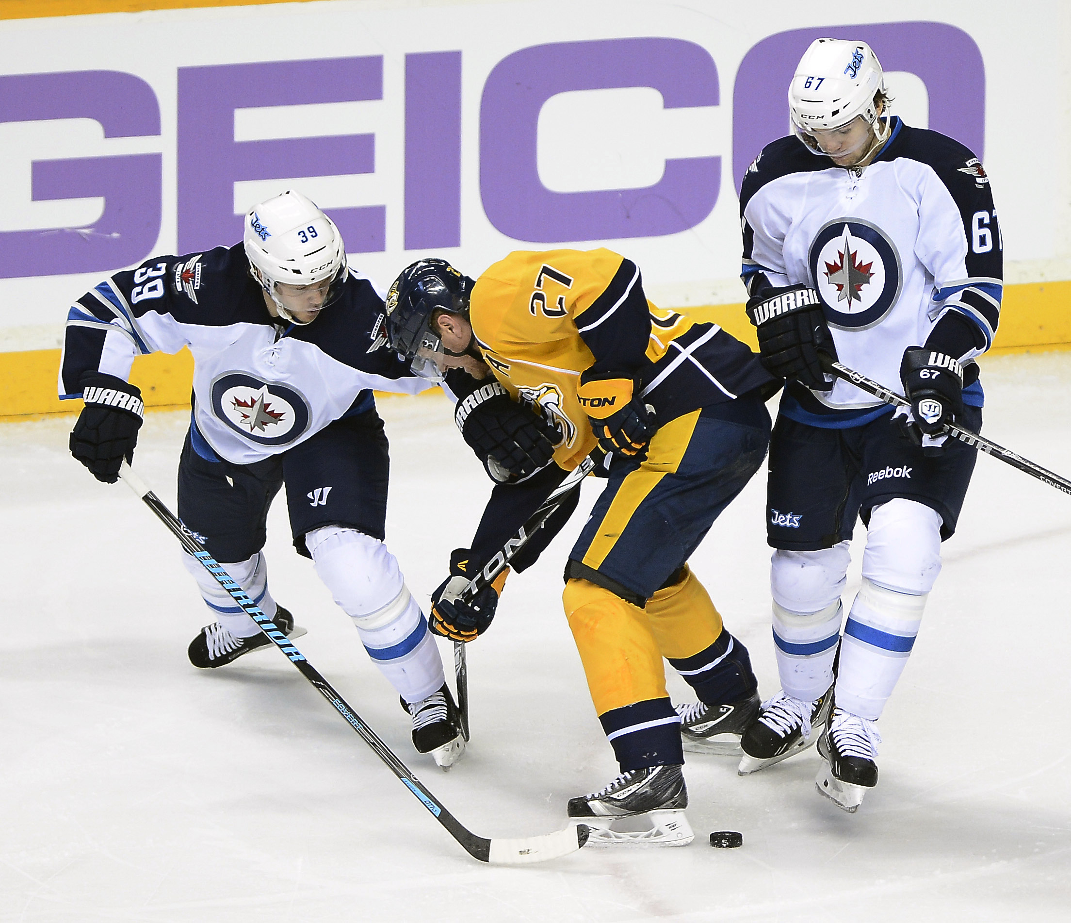 Jets too much for Predators 3-1