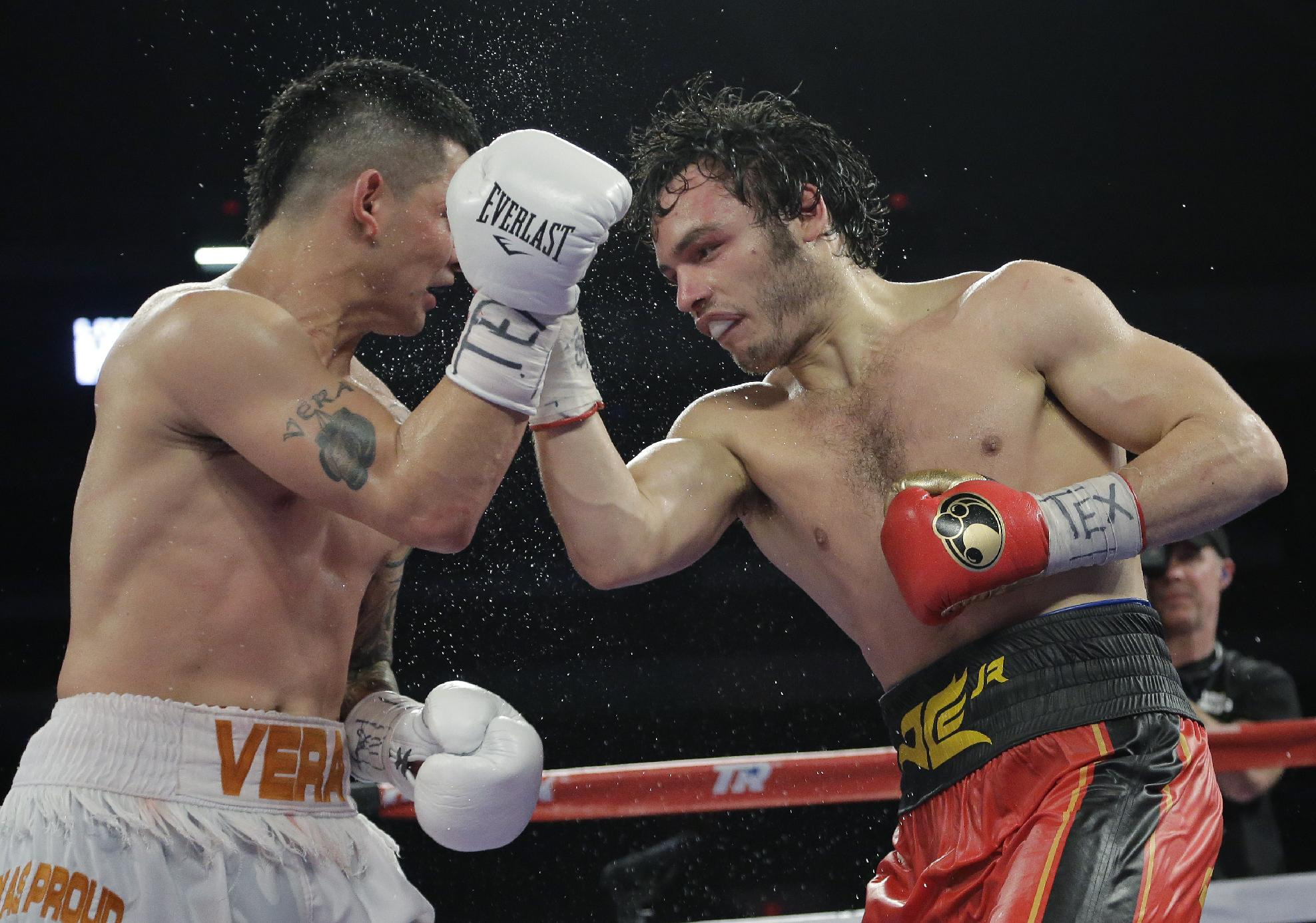 Chavez Jr. unanimously outpointed Vera