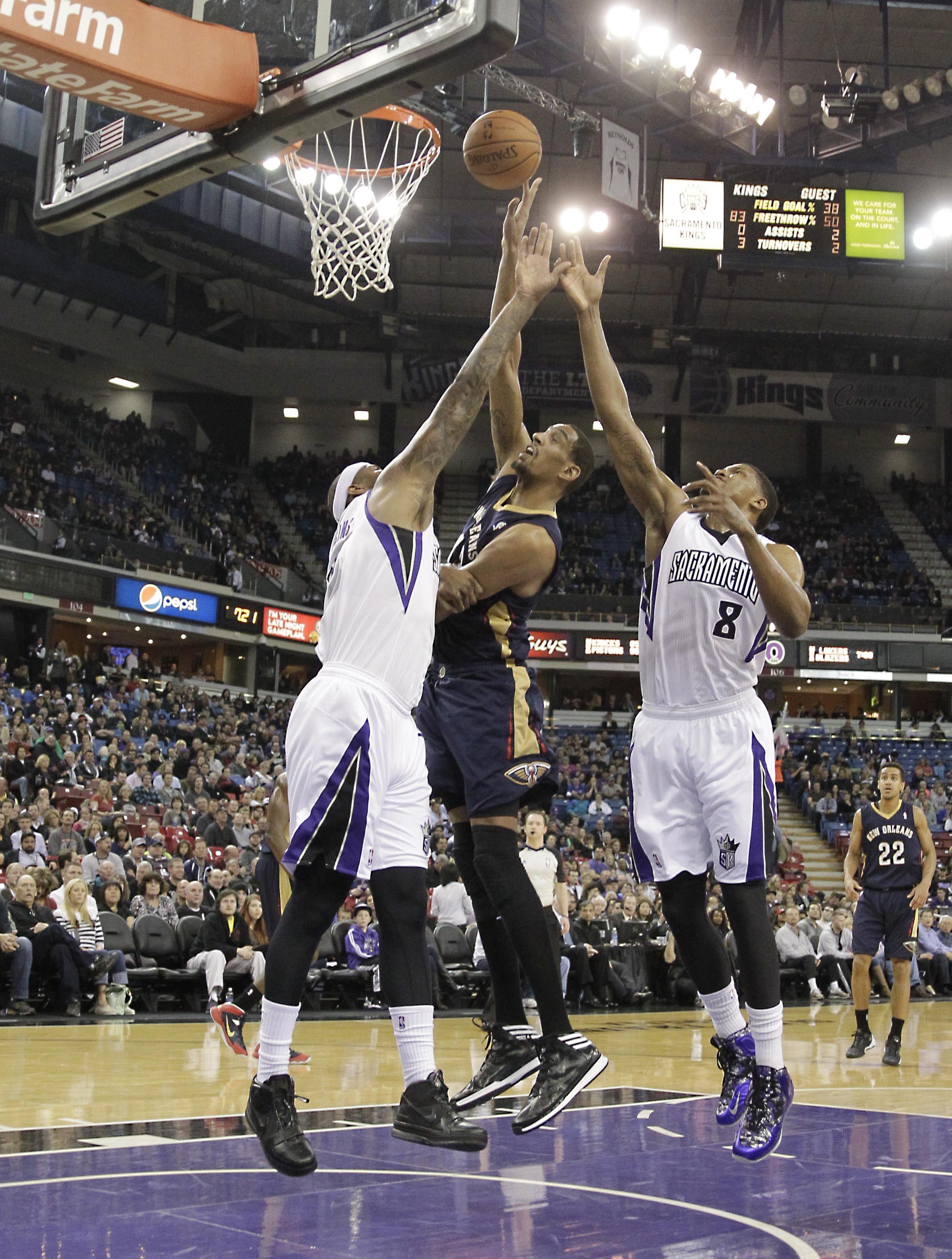 Cousins, Thomas lead Kings past slumping Pelicans