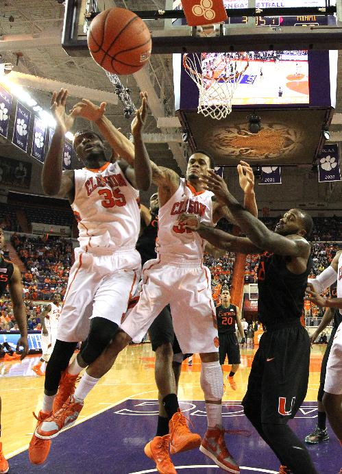 Hall's 14 leads Clemson to 58-54 win over Miami