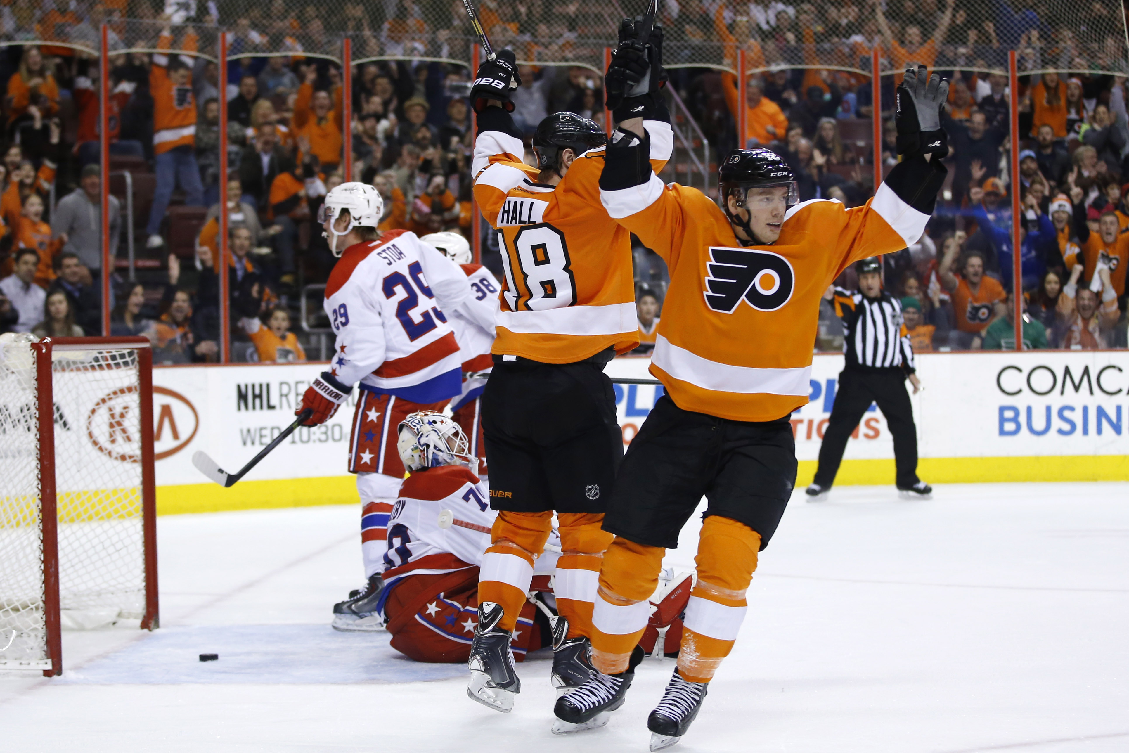 Giroux, Voracek lead Flyers past Capitals, 6-4