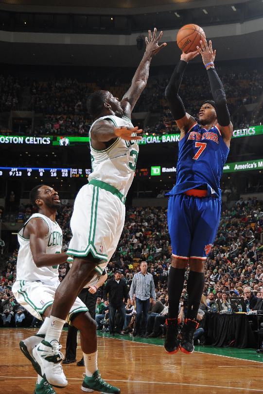 Anthony carries Knicks past Celtics, 116-92