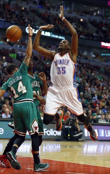 Durant leads Thunder past Bulls 97-85