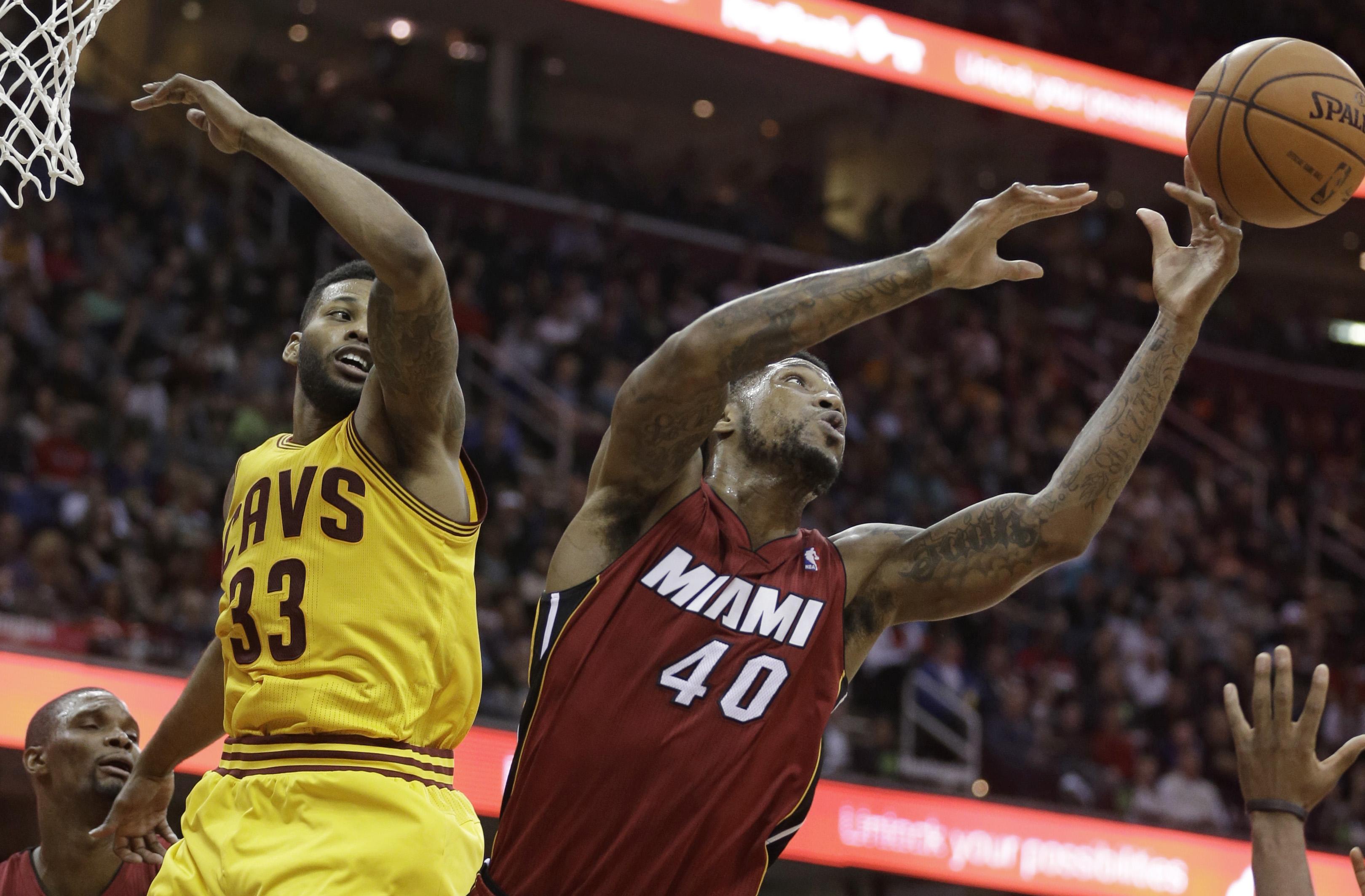 LeBron's 43 lead Heat over Cavaliers
