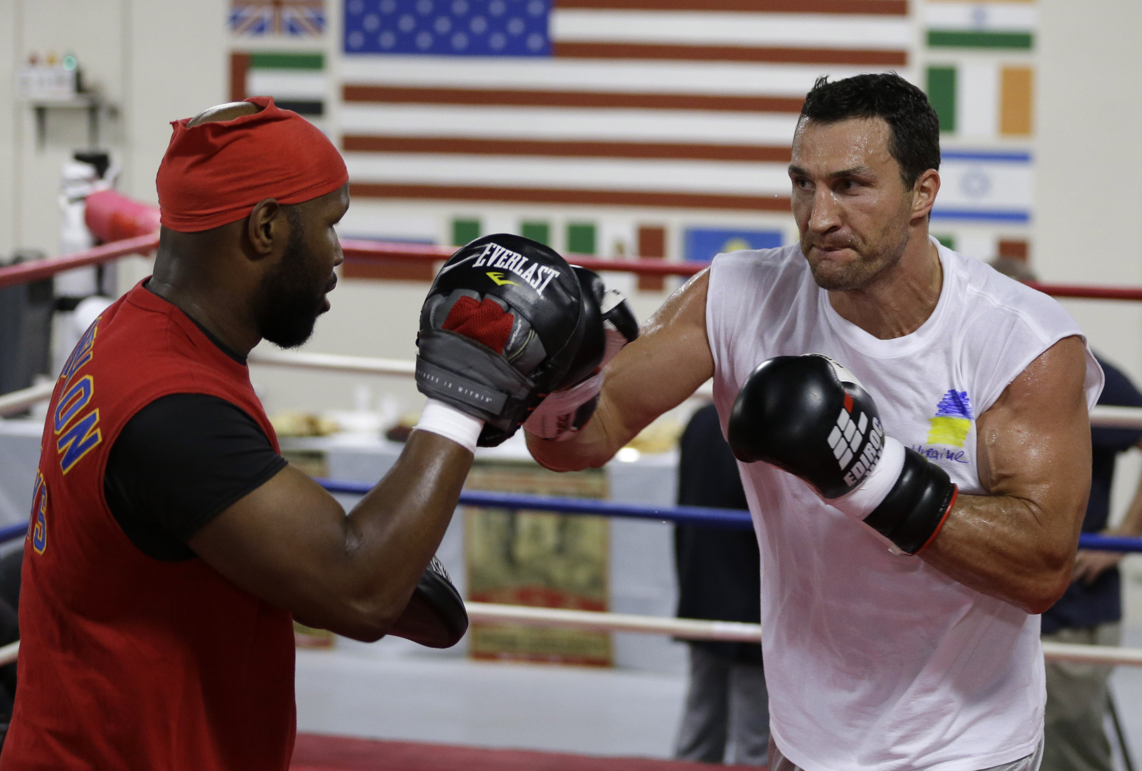 Klitschko: Try not to 'repeat mistakes of history'