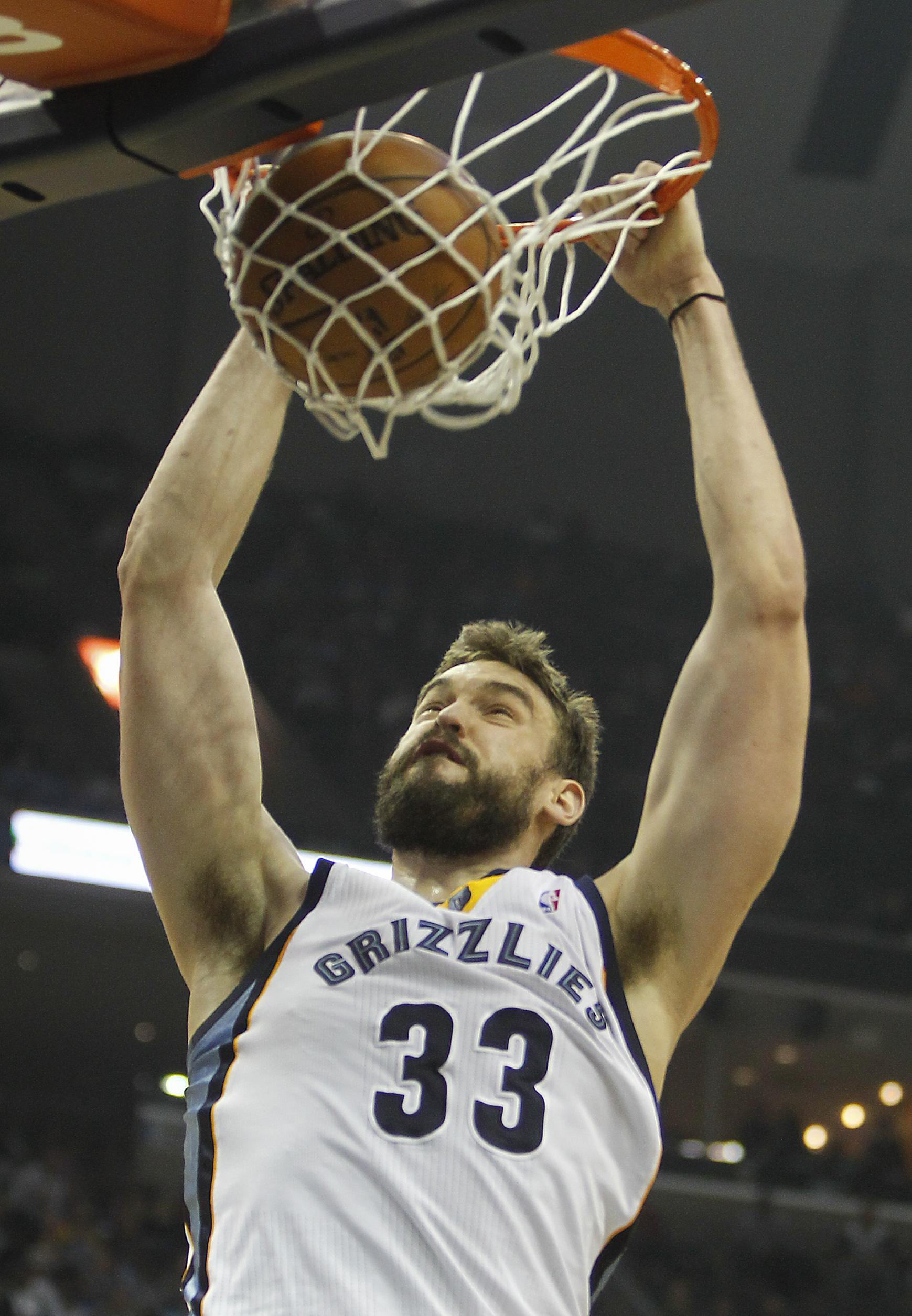 Grizzlies hold Pacers to season low, win 82-71