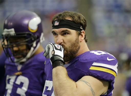Bears agree to deal with DE Jared Allen
