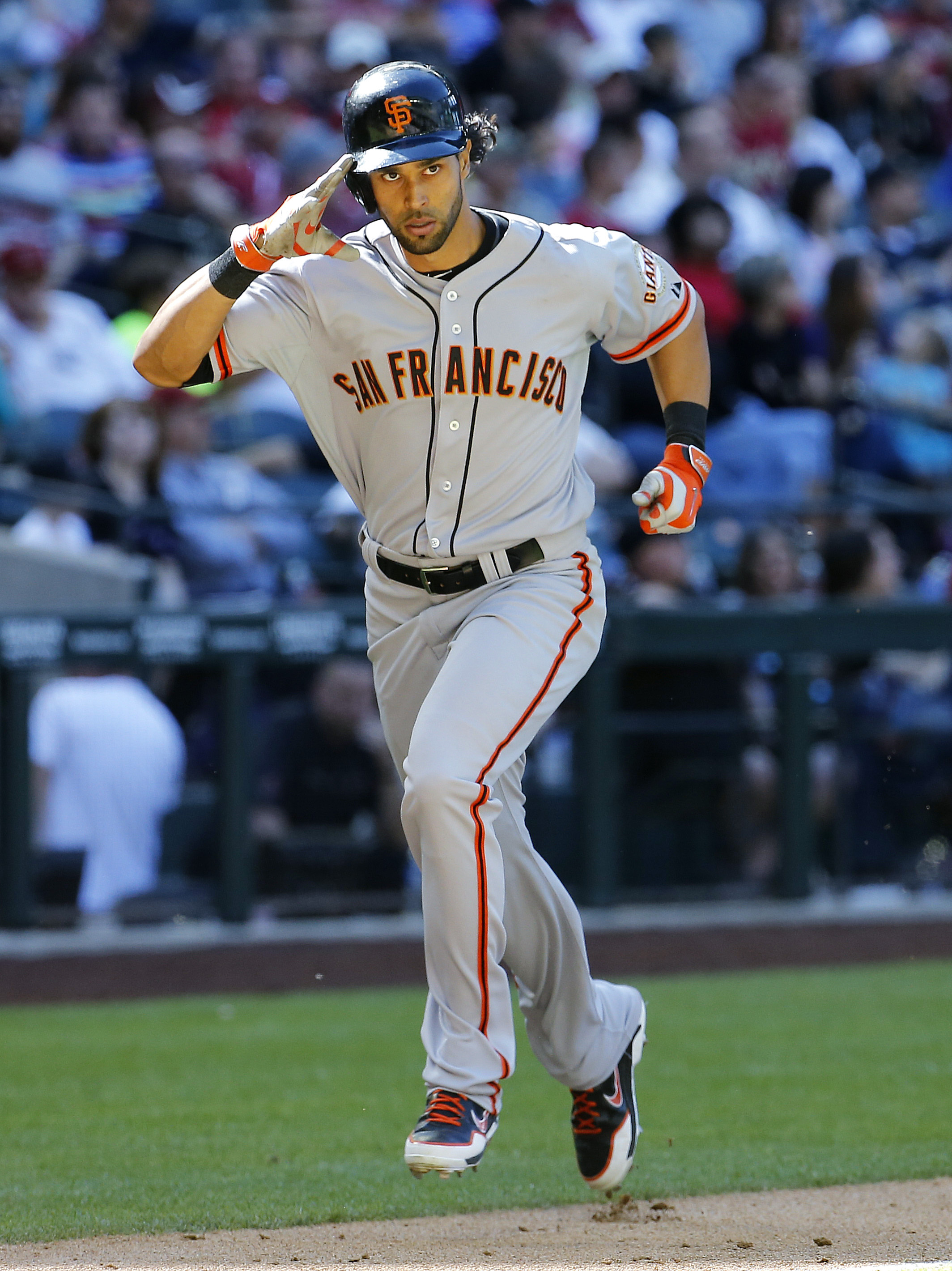 Pagan's 3-run homer leads Giants past Arizona 8-5