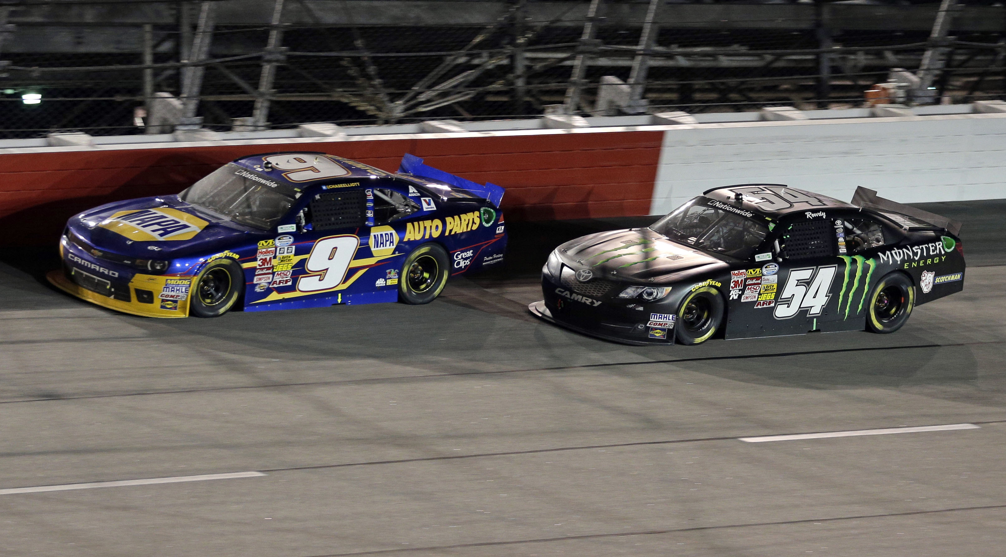 Young Elliott wins 2nd straight Nationwide race