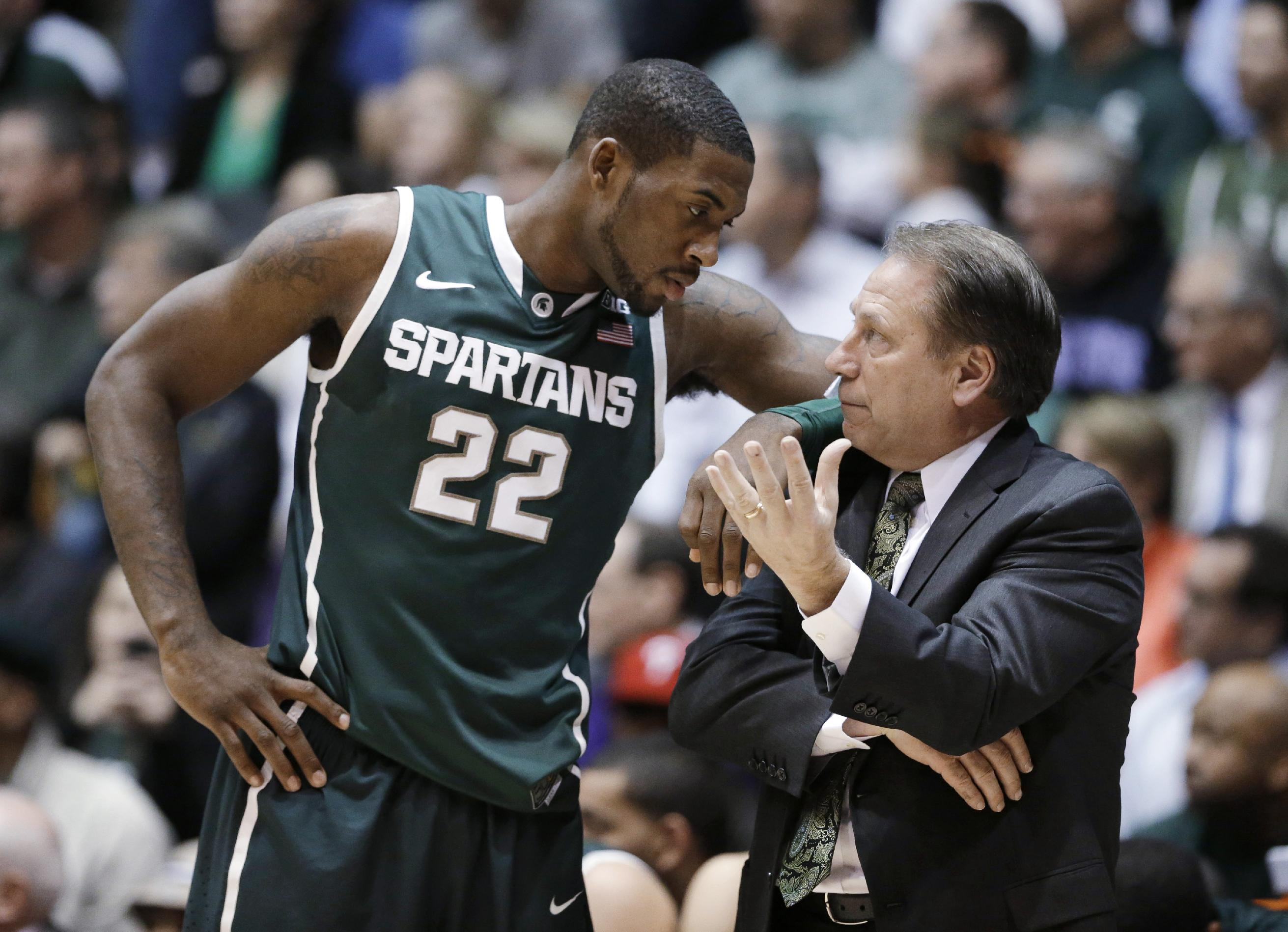 Michigan State signs 6-7 forward Marvin Clark