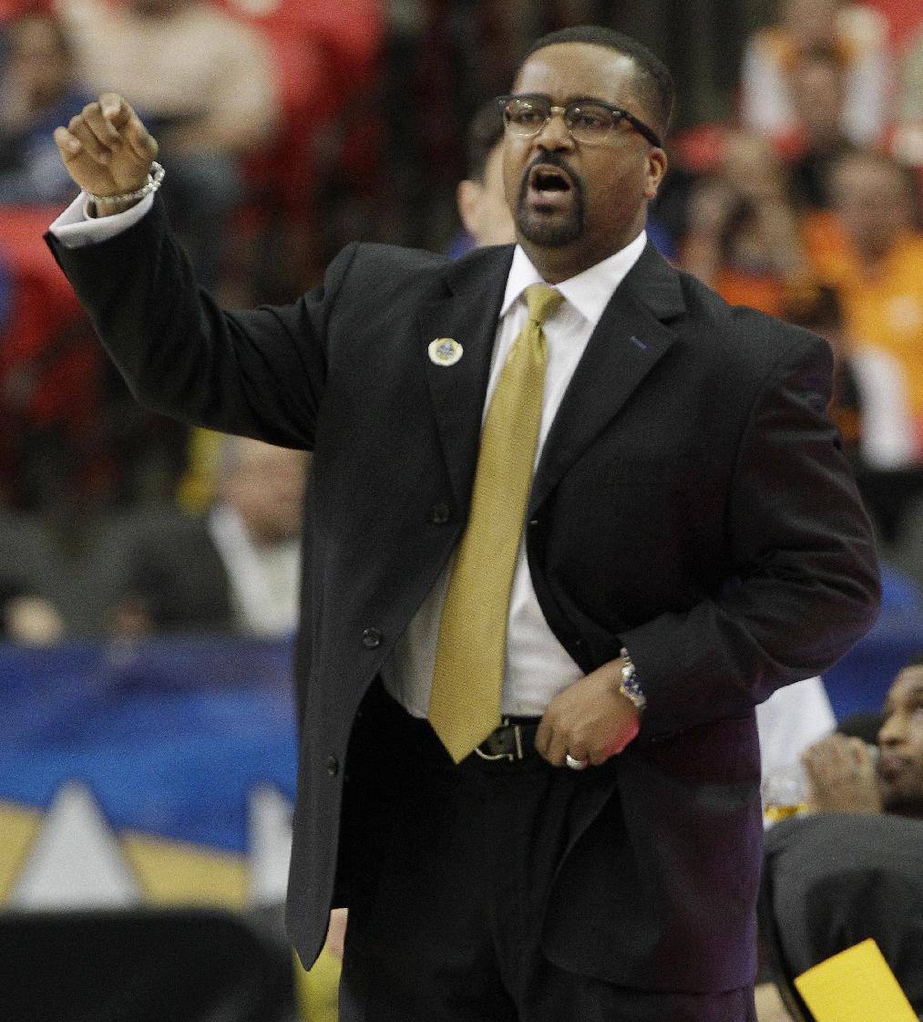 Tulsa hires Frank Haith as new hoops coach