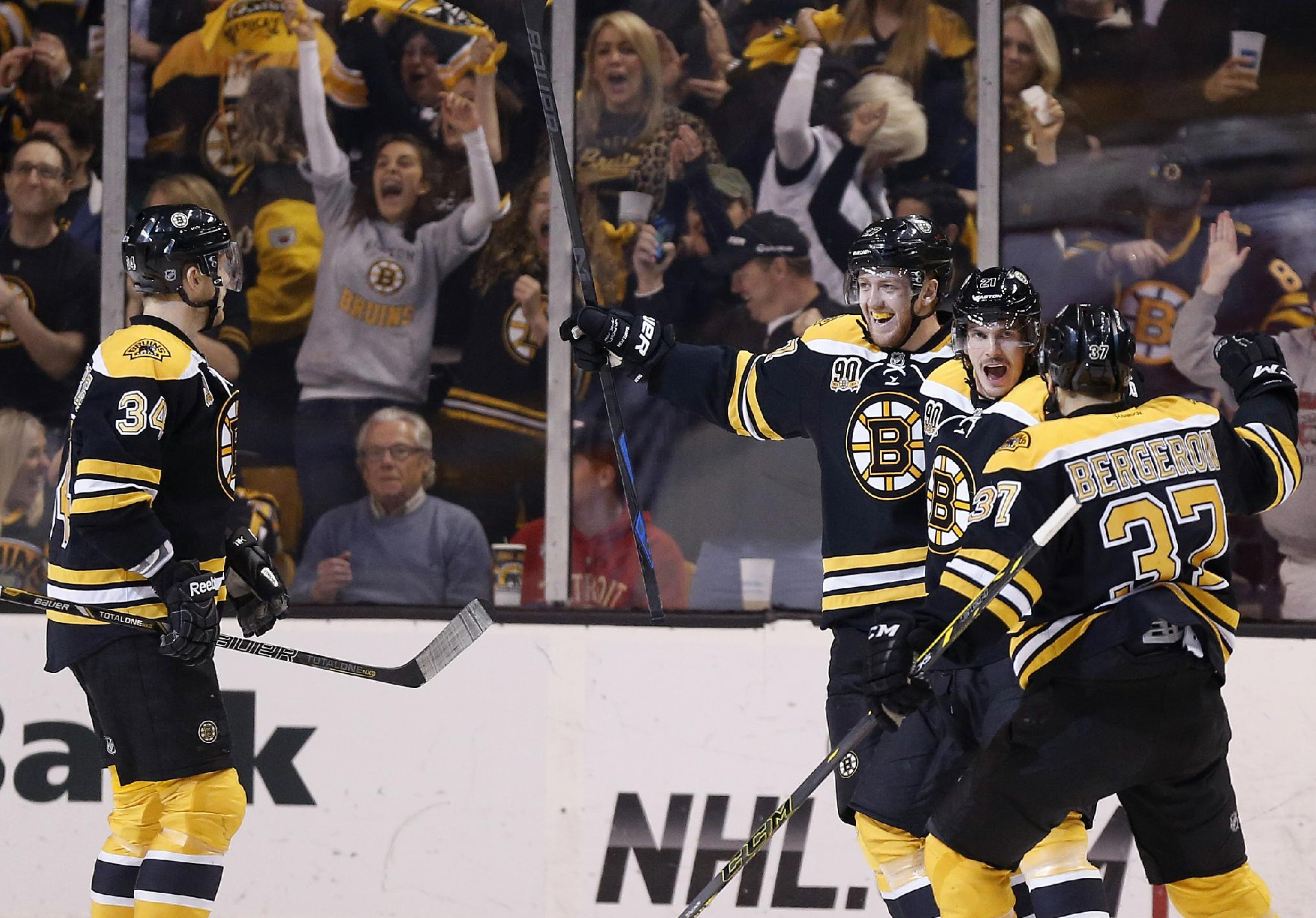 Bruins beat Red Wings 4-2, advance in NHL playoffs