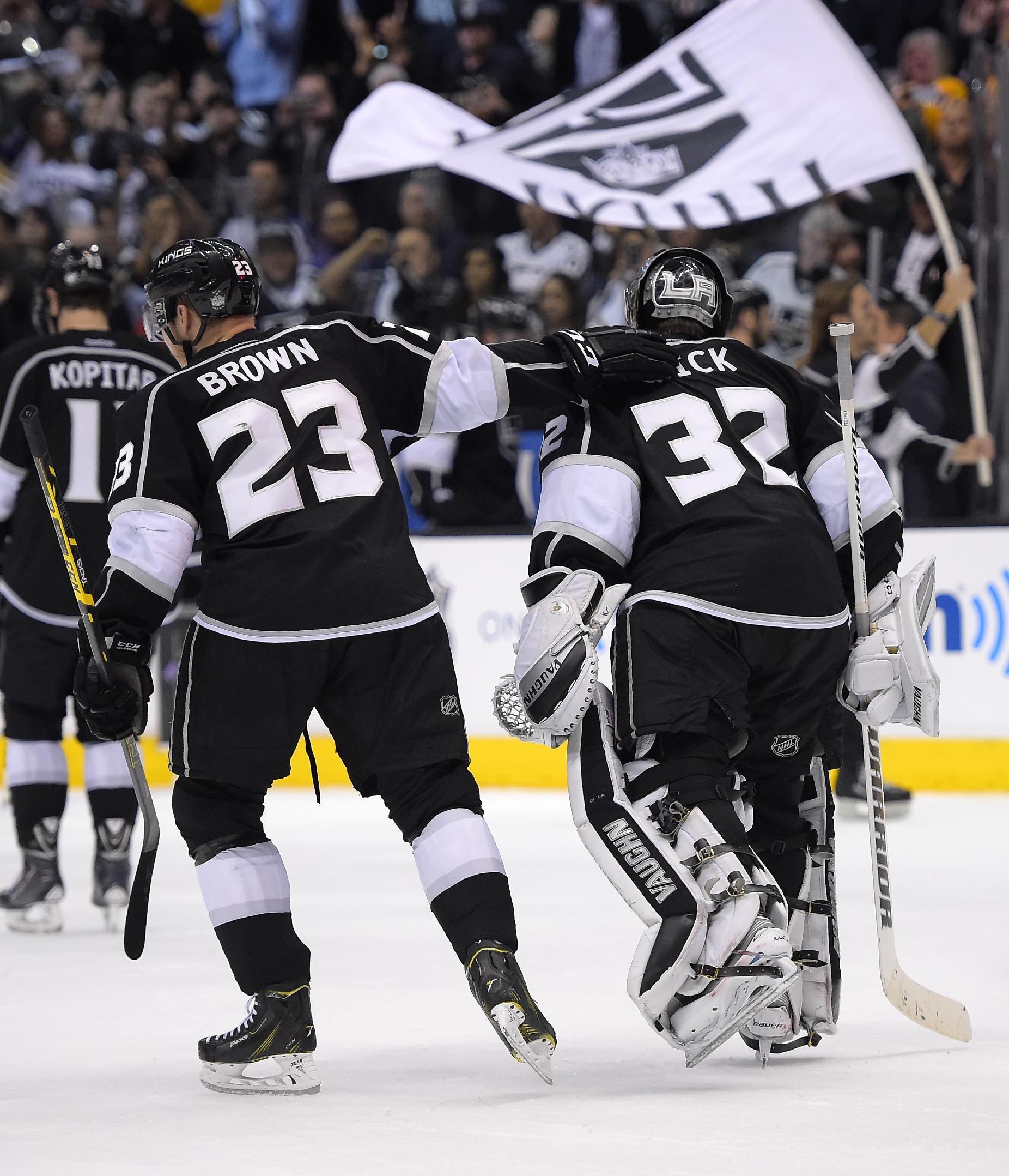 Sharks look to avoid collapse in Game 7 vs. Kings