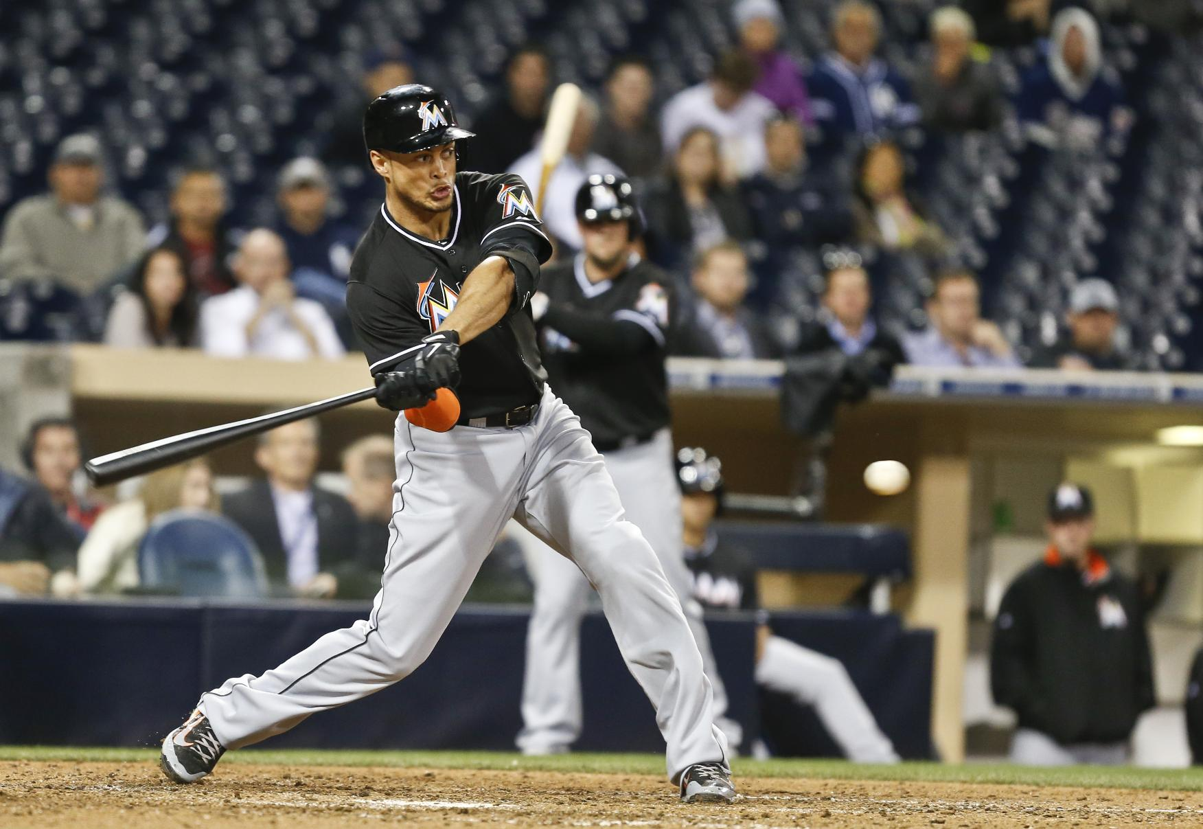 Stanton's HR lifts Marlins over Padres 3-1 in 11