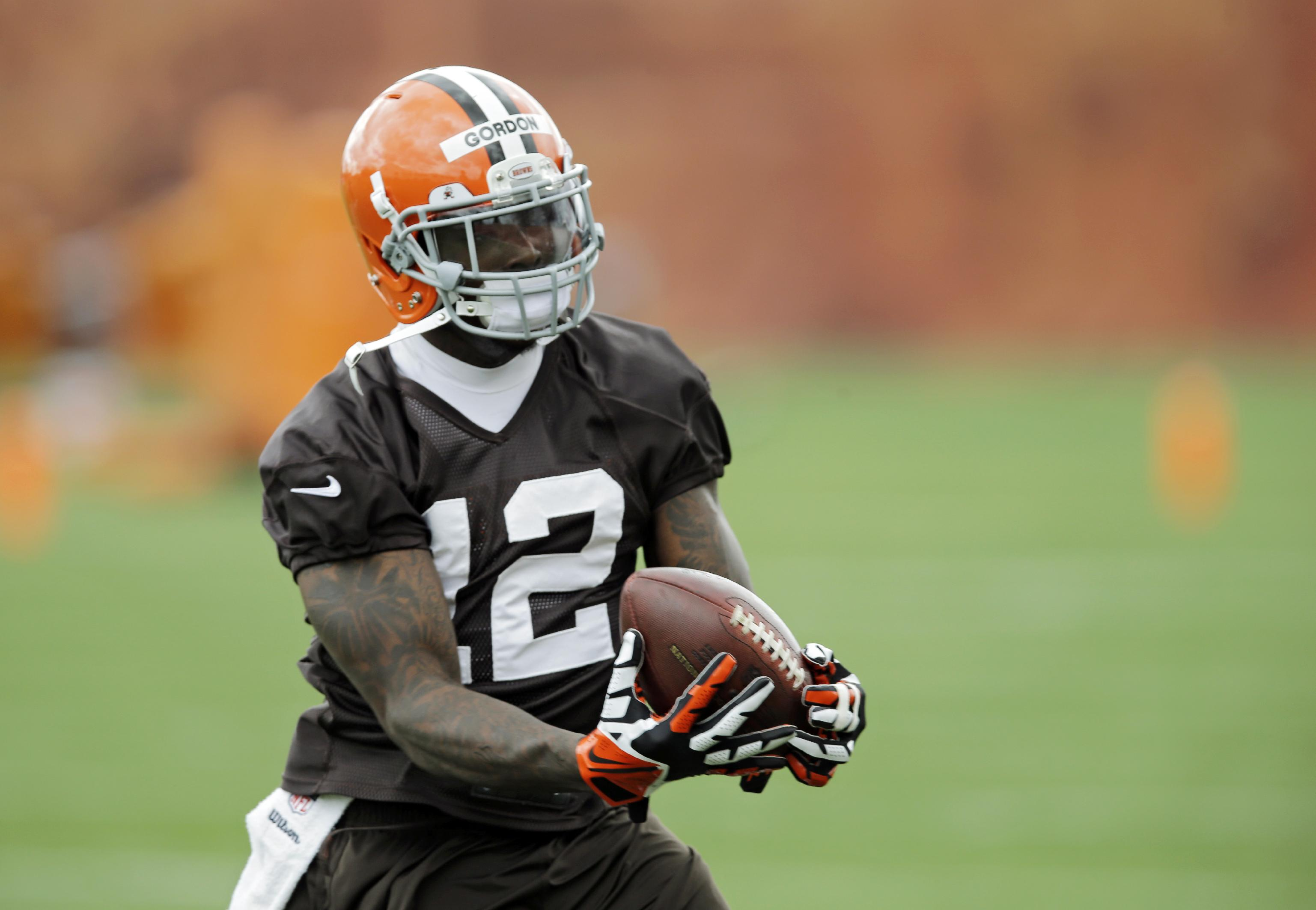 Browns hit highs, lows, snag Manziel in NFL draft