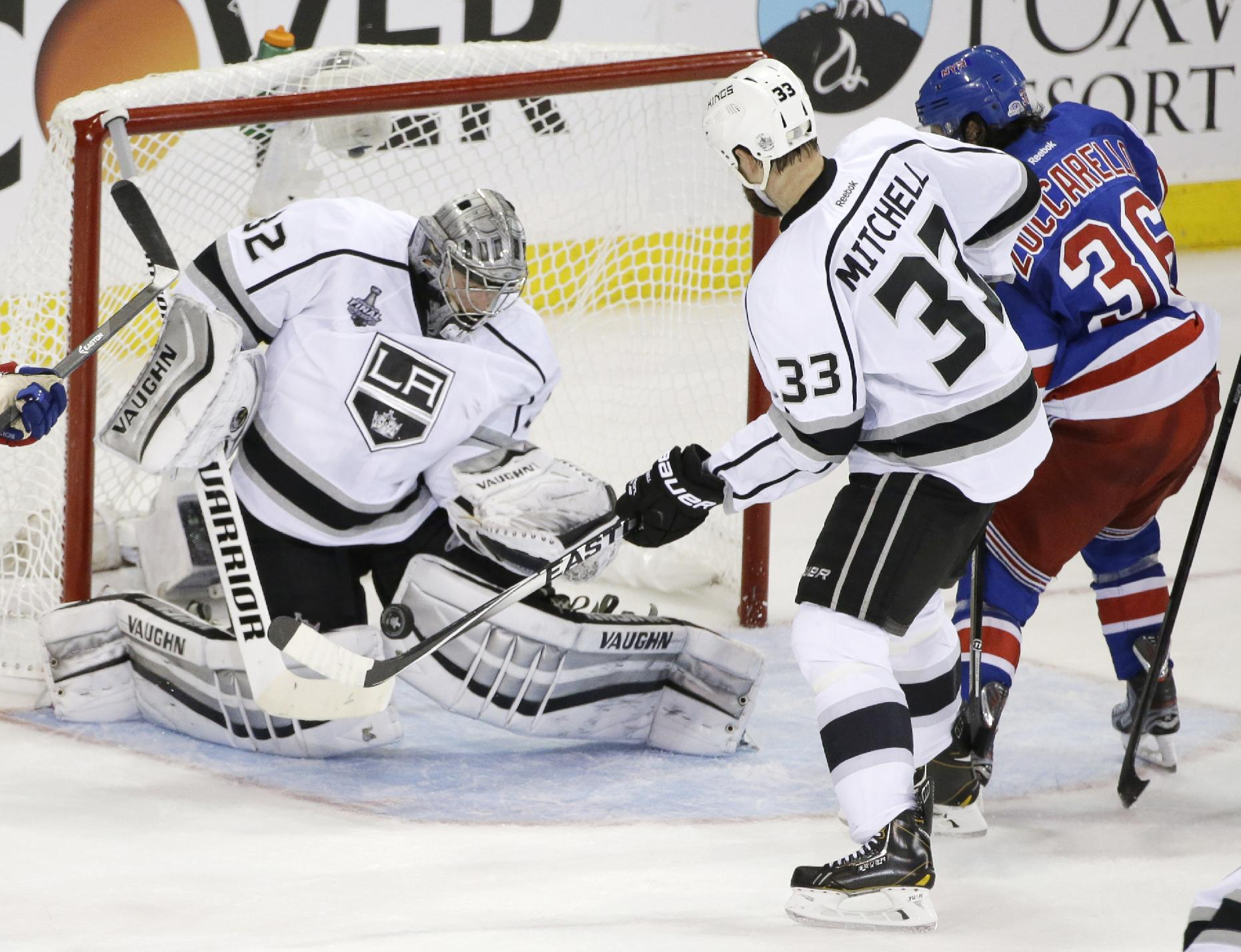 Kings Goalie Jonathan Quick Makes Memorable Debut At MSG In Stanley Cup Final