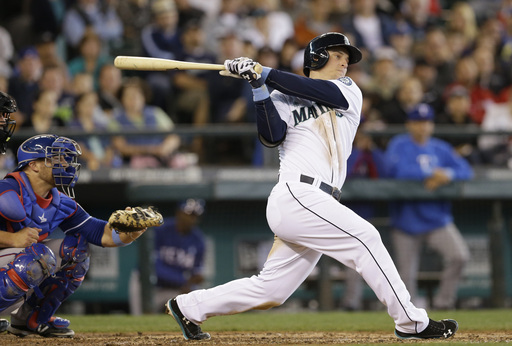 Mariners stop slide with 5-1 victory over Rangers