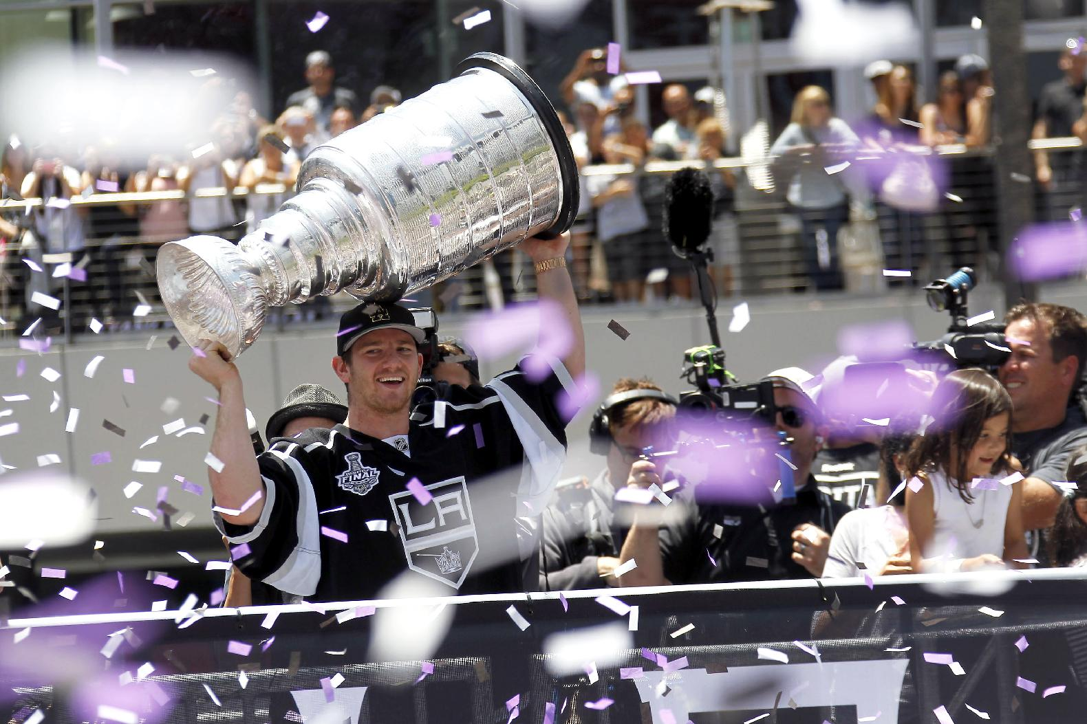 Kings Of The NHL: Los Angeles Loves That Winning Feeling, Take Poised Approach To Stanley Cup Repeat Bid