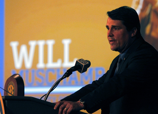 Florida's Muschamp unconcerned about job security
