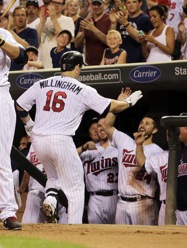 Willingham's homer powers Twins past Indians 4-3