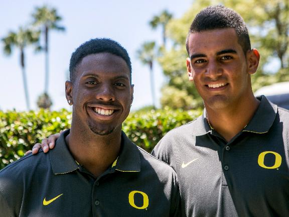 Oregon is Pac-12 favorite after Mariota's return