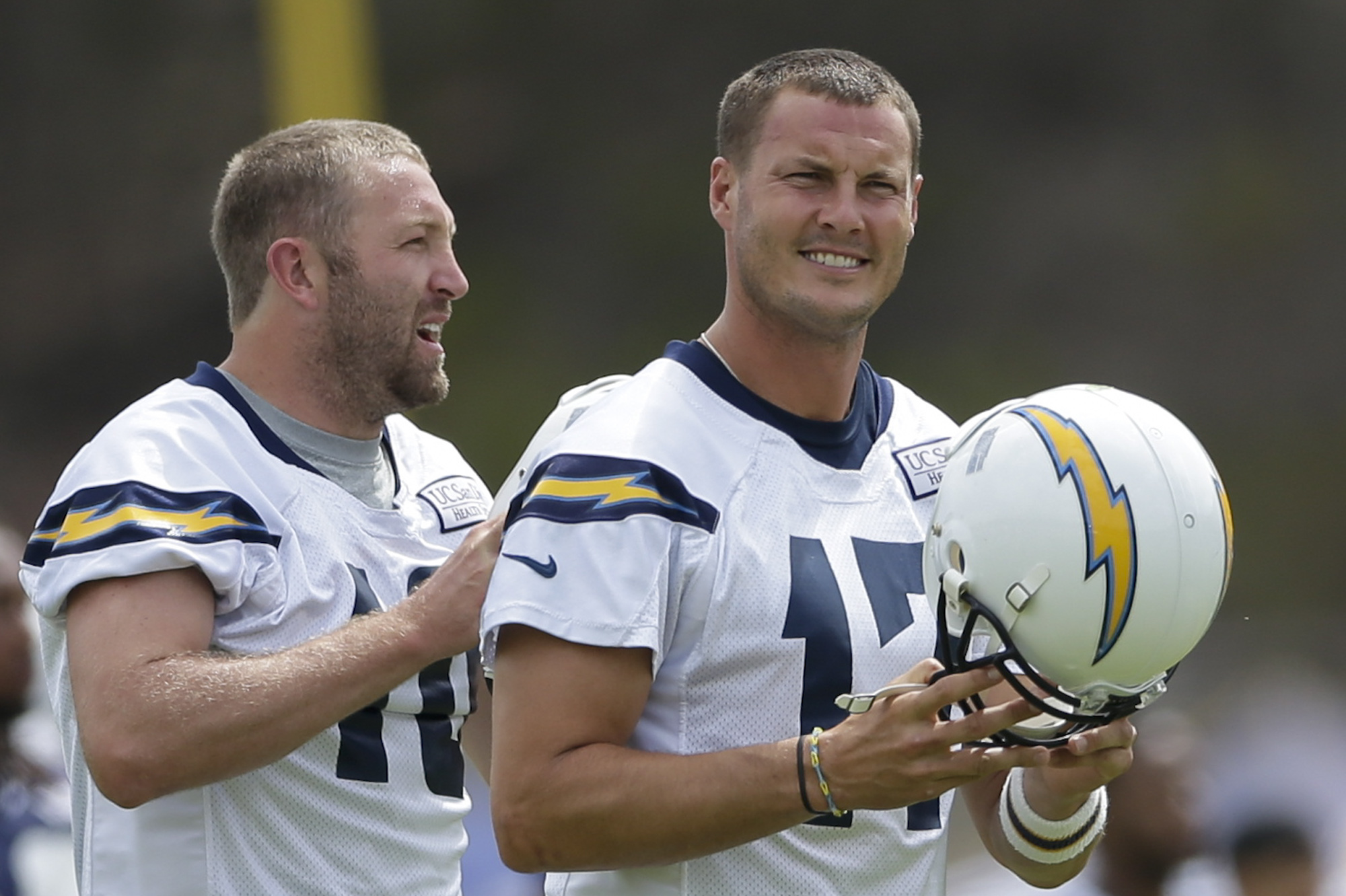 Freeney, Chargers ready to put on pads