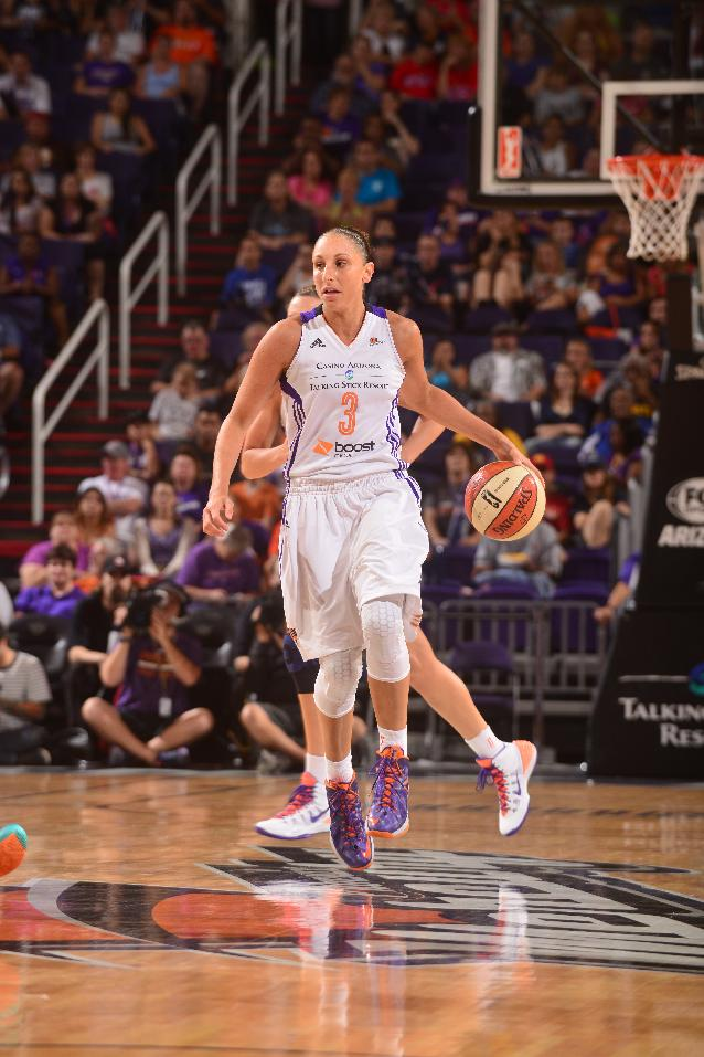 Griner helps Mercury set WNBA record with 29th win