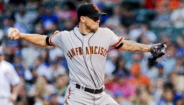 Peavy pitches Giants to 8-3 win over Cubs