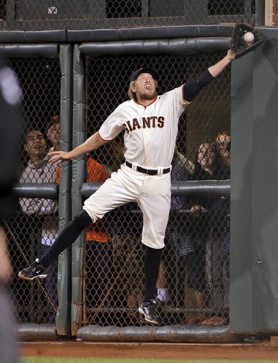 Hunter Pence thrives in the strangeness of October