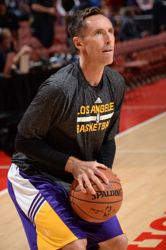 Steve Nash ruled out for season with back injury