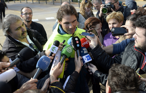 Nadal to receive stem cell treatment for back pain