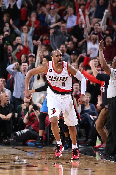 Blazers come from behind for 115-112 win over Thunder