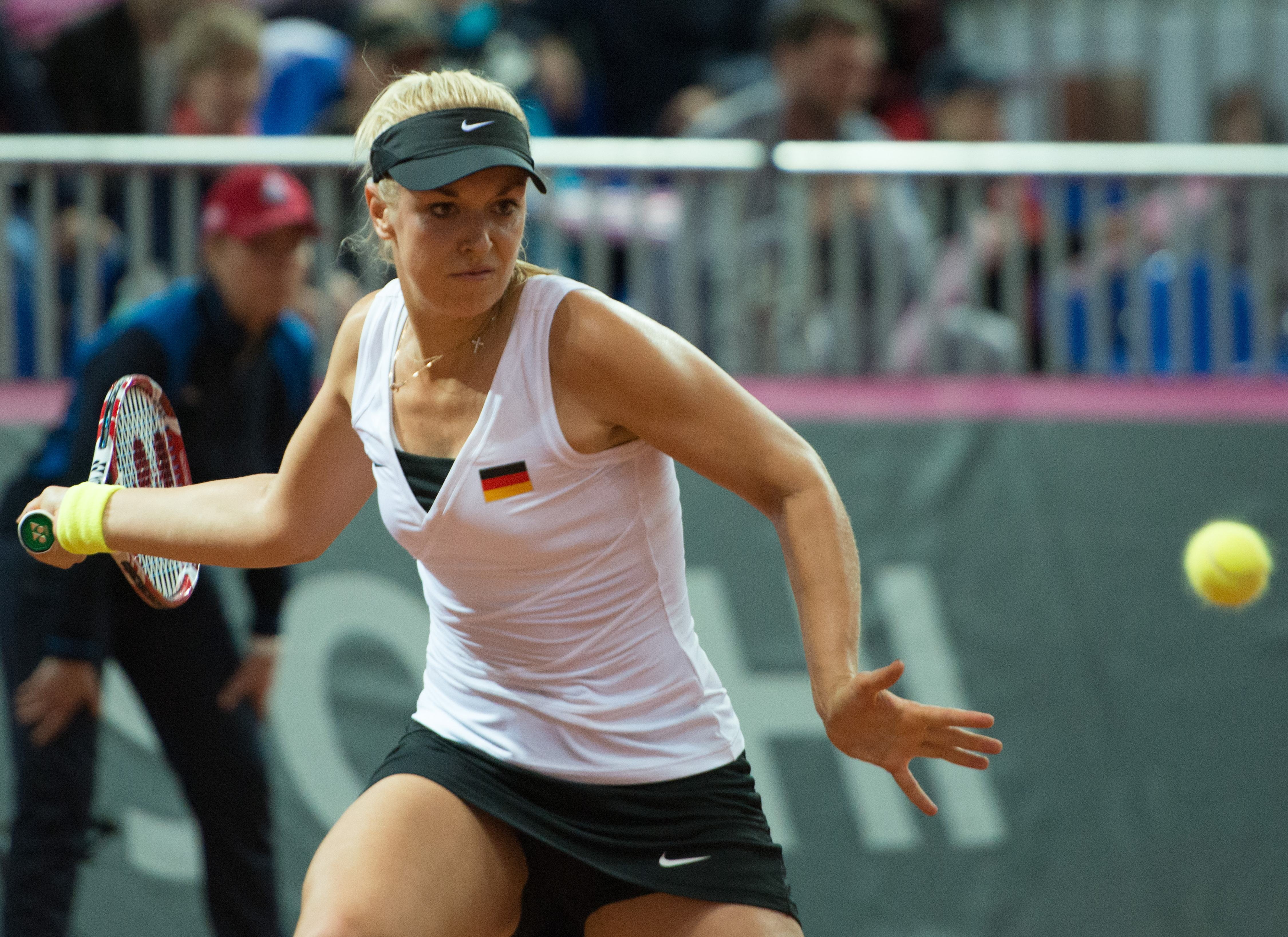 Fed Cup: Russia on brink of final with 2-0 lead over Germany