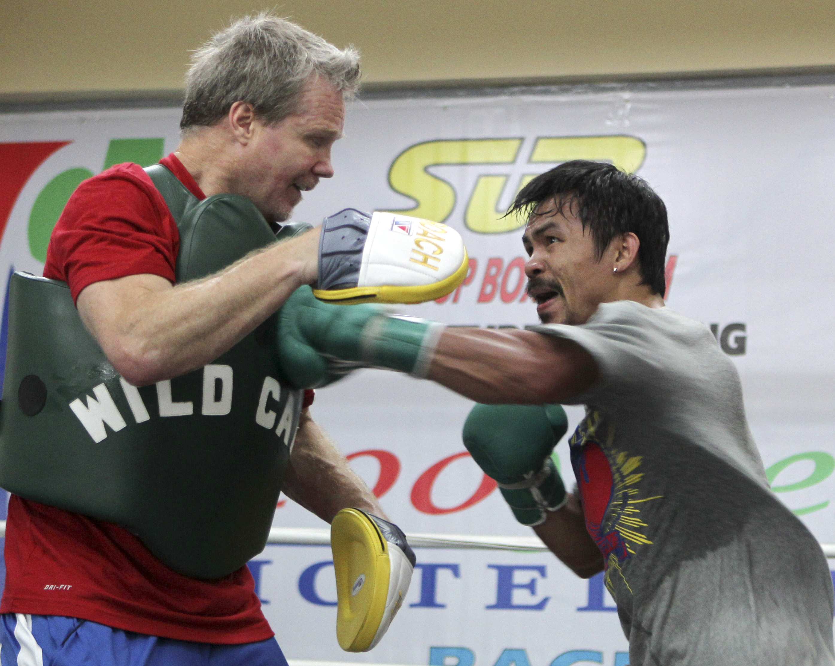 Roach's dream: A master plan for Pacquiao to beat Mayweather