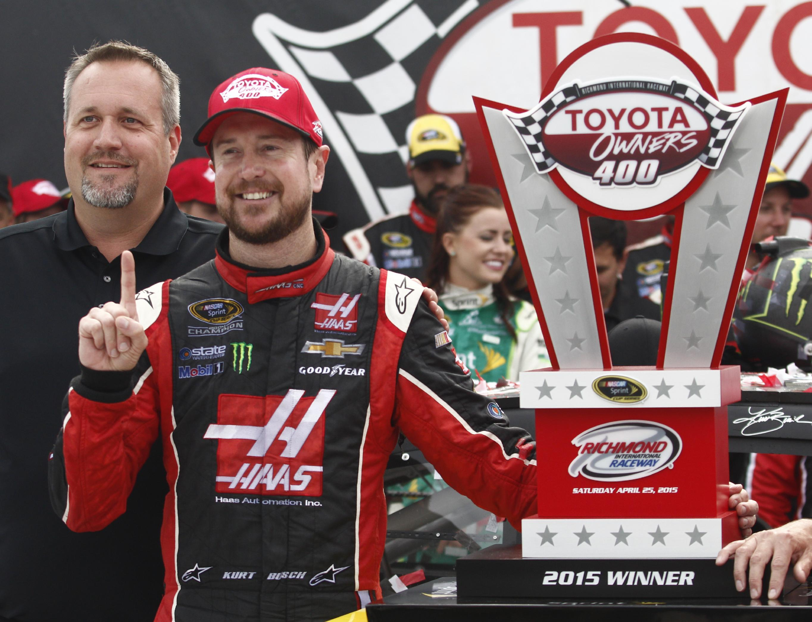 Busch leads 291 laps in dominating Richmond victory