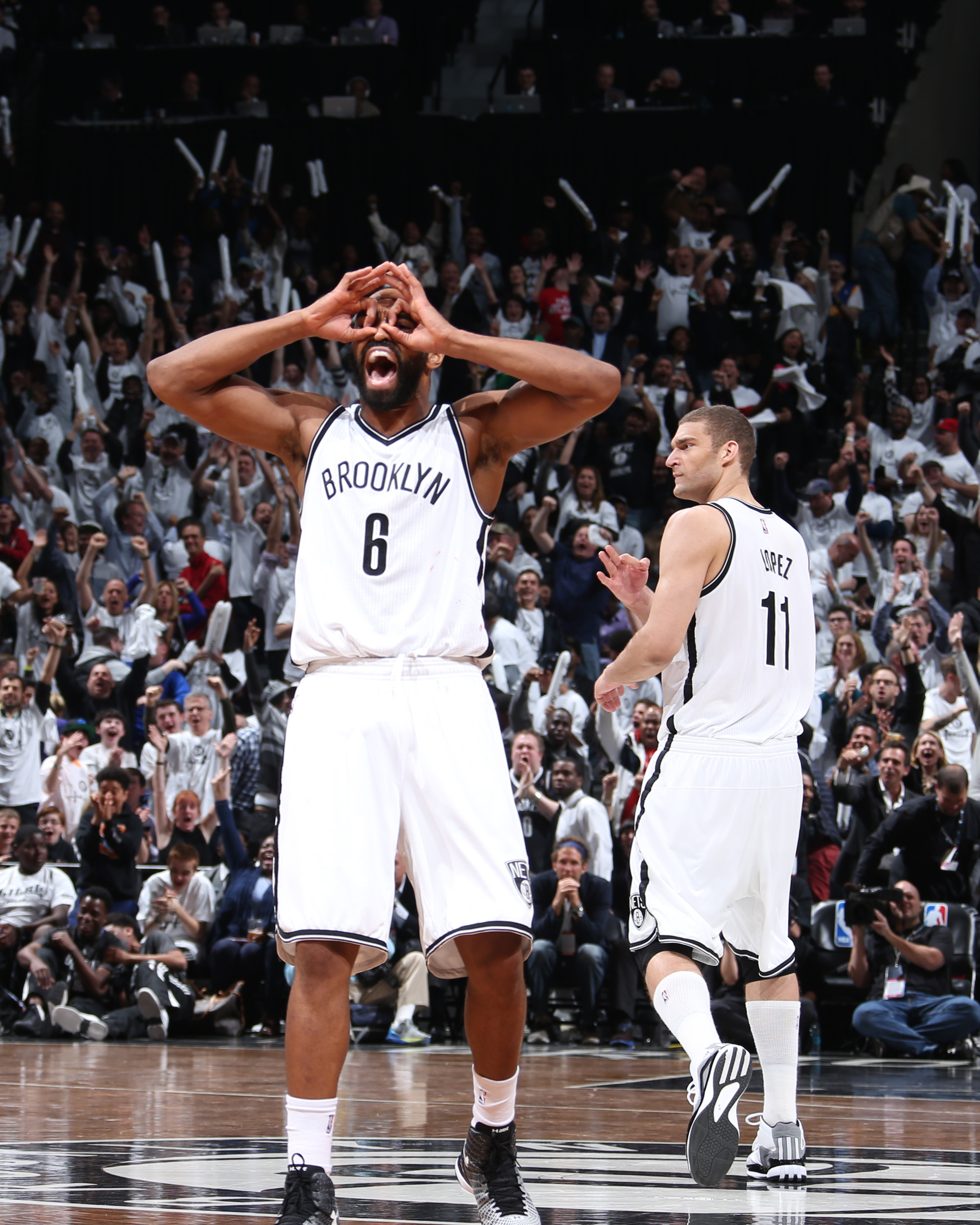 Nets beat Hawks behind 35 from Williams, tie series at 2-2