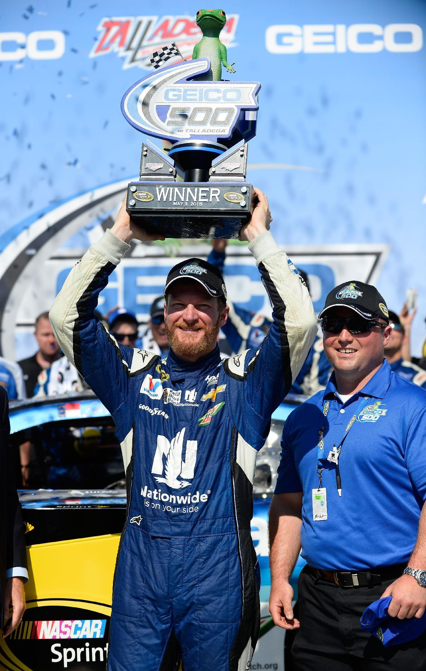 Column: Earnhardt back in victory lane and happier than ever