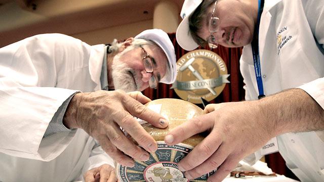 http://media.zenfs.com/en_us/gma/Reuters/ap_championship_cheese_contest_jef_120307_wmain.jpg