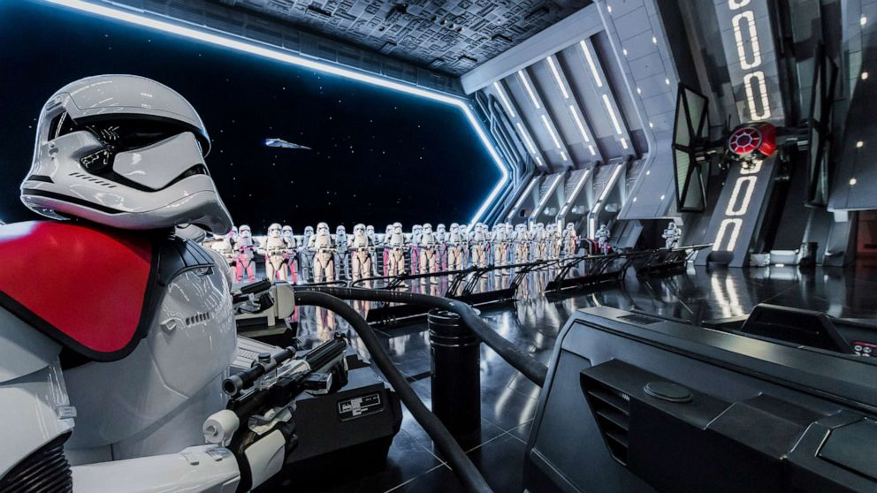 1st look at Star Wars: Rise of the Resistance attraction at Galaxys Edge