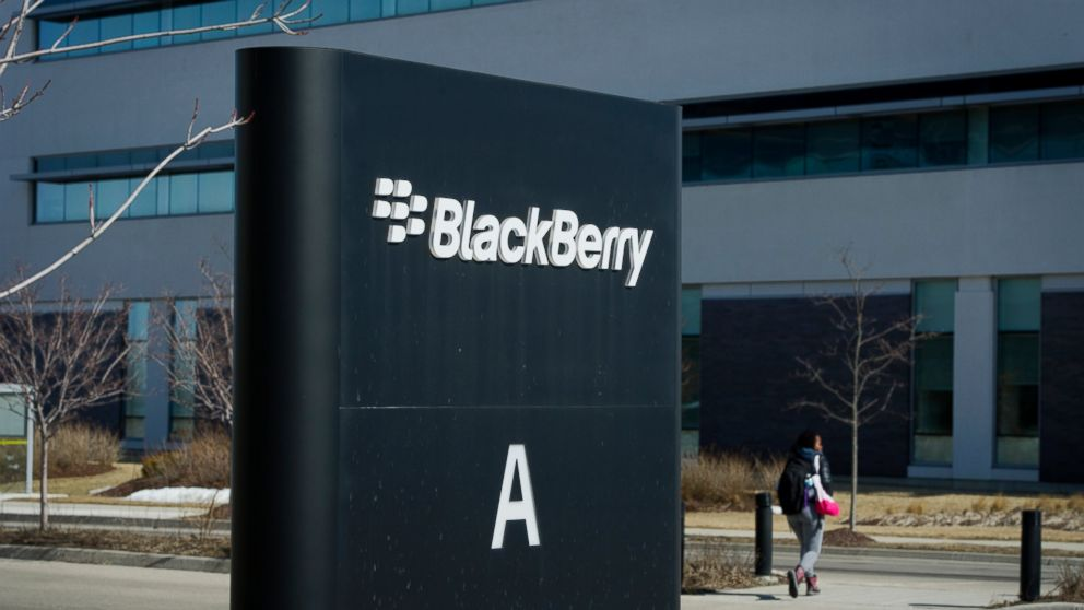 BlackBerry's Next Innovation Could Be Bacteria-Free Smartphone