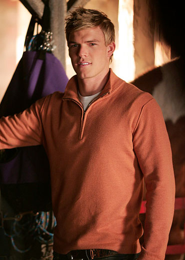 Alan Ritchson stars as Aquaman in Smallville on The CW.