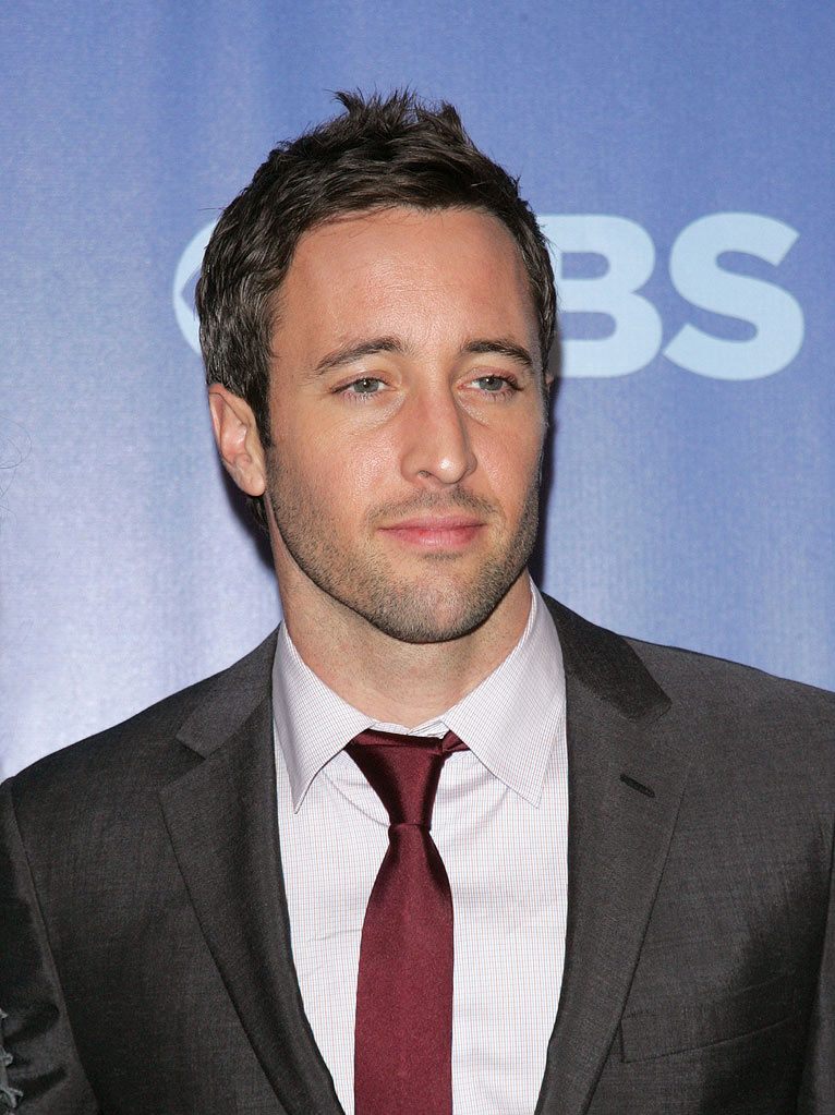 "Alex O'Loughlin (""Hawaii Five-O"") attends the 2010 CBS Upfront at The Tent at Lincoln Center on May 19, 2010 in New York City."