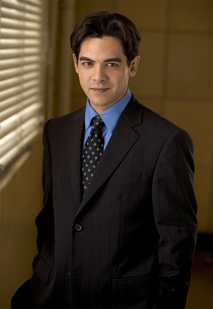 Alexis Cruz stars as Martin Allende in Shark on CBS.