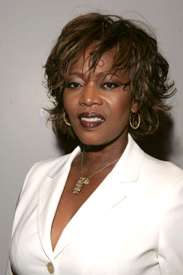 Premiere: Alfre Woodard at the New York premiere of Revolution Studios' The Forgotten - 9/21/2004